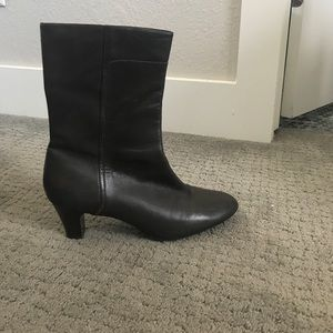 Cole Haan boots size 10b